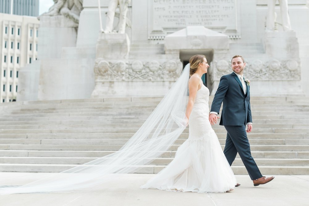 downtown-indianapolis-wedding-photographer_4211.jpg