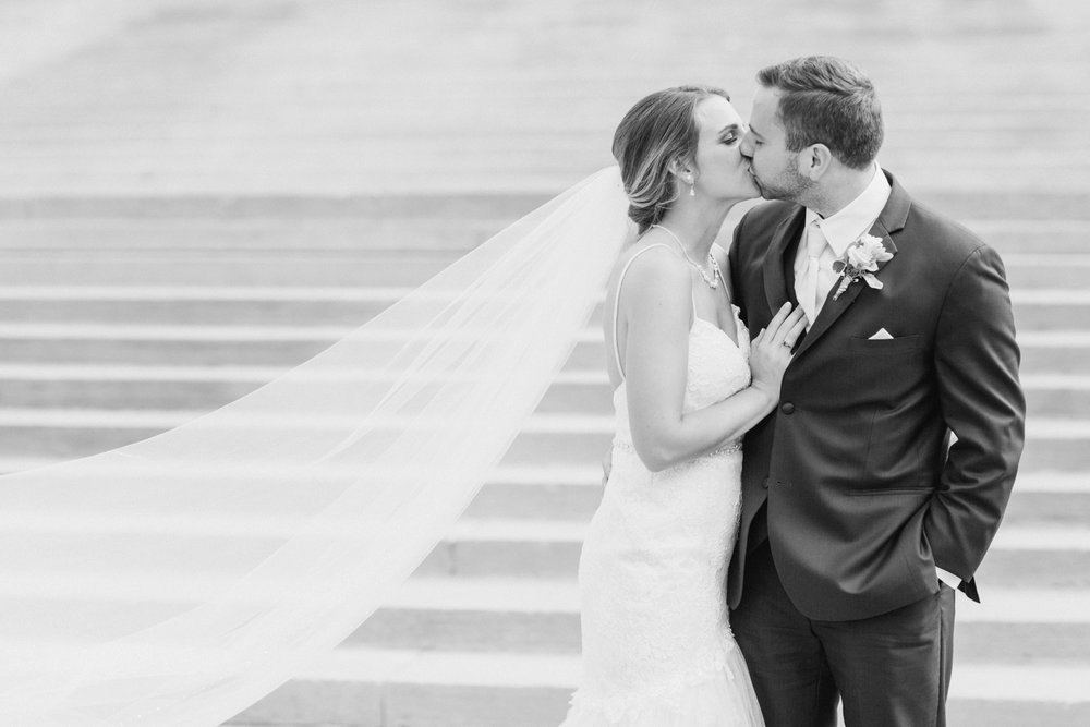 downtown-indianapolis-wedding-photographer_4217.jpg