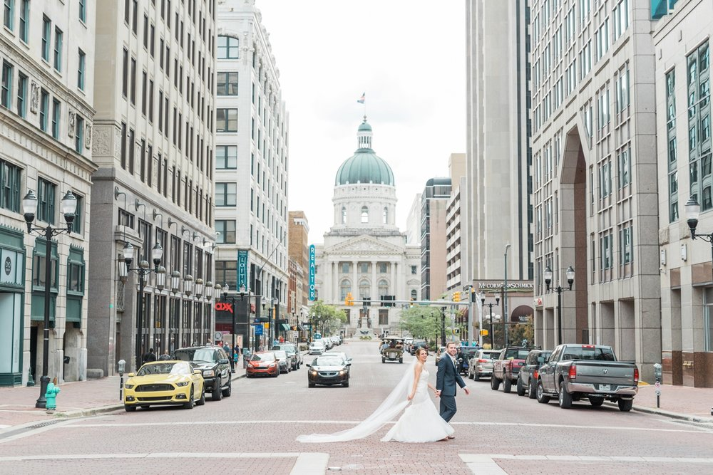 downtown-indianapolis-wedding-photographer_4225.jpg