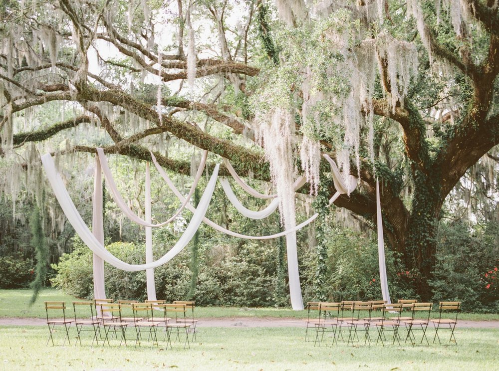Charleston-South-Carolina-Beautiful-Film-Wedding-Photographer-Magnolia-Plantation-and-Gardens-Wedding-Photos_5104.jpg
