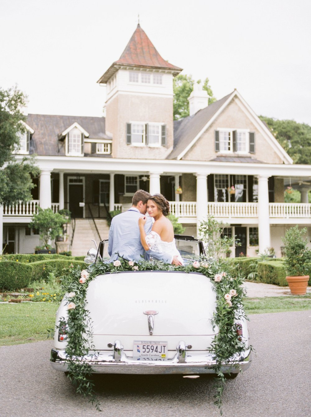Charleston-South-Carolina-Beautiful-Film-Wedding-Photographer-Magnolia-Plantation-and-Gardens-Wedding-Photos_5151.jpg