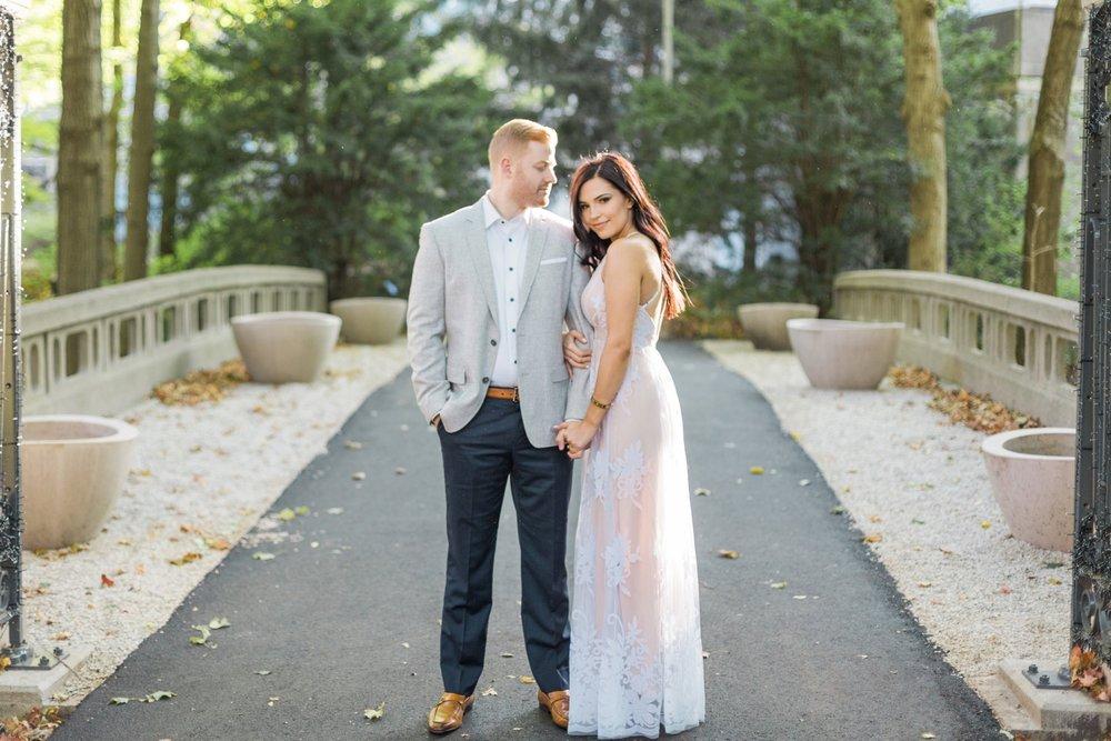 Indianapolis-Indiana-Engagement-Photographer-Newfields-Wedding-Photography_5235.jpg