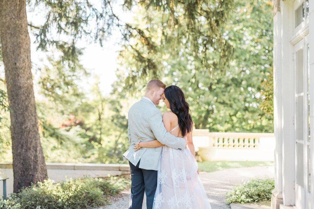 Indianapolis-Indiana-Engagement-Photographer-Newfields-Wedding-Photography_5240.jpg