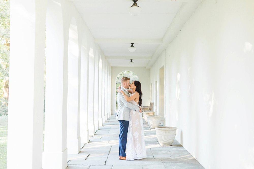 Indianapolis-Indiana-Engagement-Photographer-Newfields-Wedding-Photography_5244.jpg