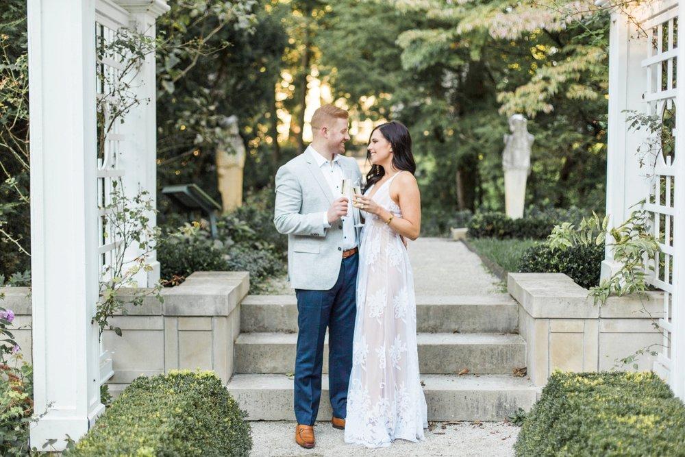Indianapolis-Indiana-Engagement-Photographer-Newfields-Wedding-Photography_5252.jpg