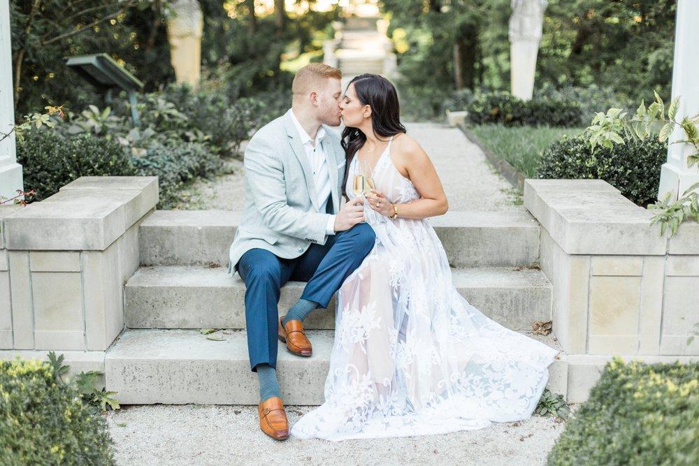 Indianapolis-Indiana-Engagement-Photographer-Newfields-Wedding-Photography_5256.jpg