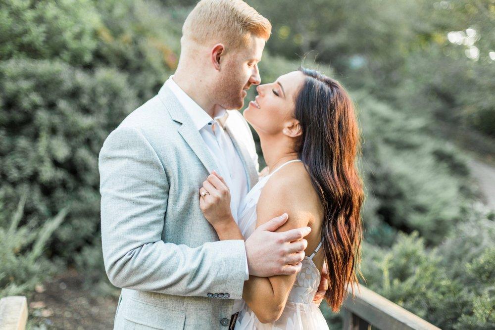 Indianapolis-Indiana-Engagement-Photographer-Newfields-Wedding-Photography_5266.jpg