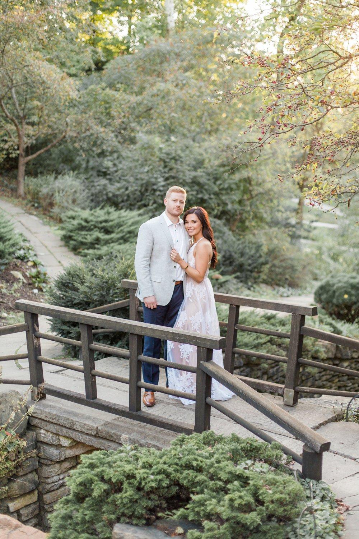 Indianapolis-Indiana-Engagement-Photographer-Newfields-Wedding-Photography_5267.jpg