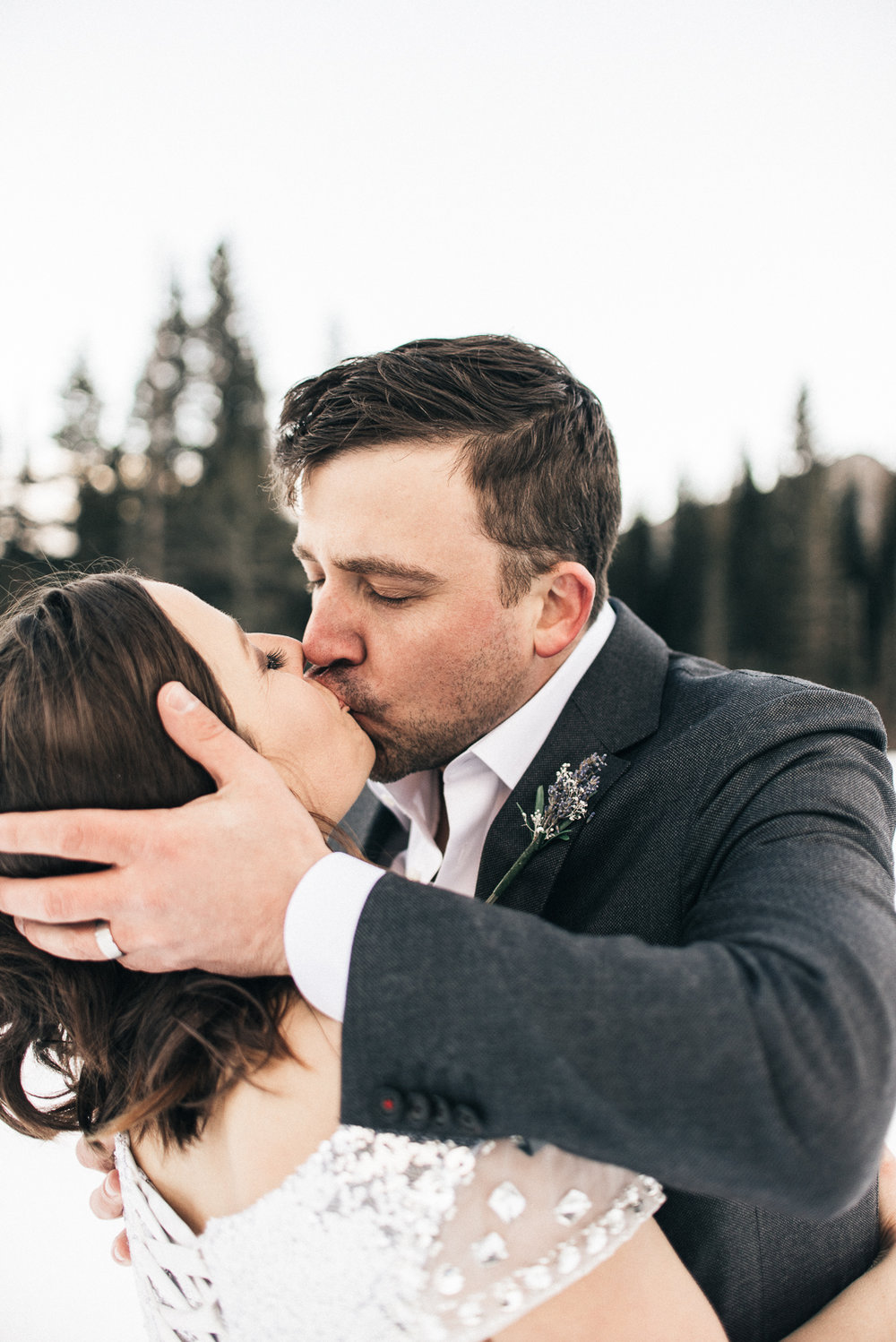 Colorado elopement wedding photographer - The Drawhorns
