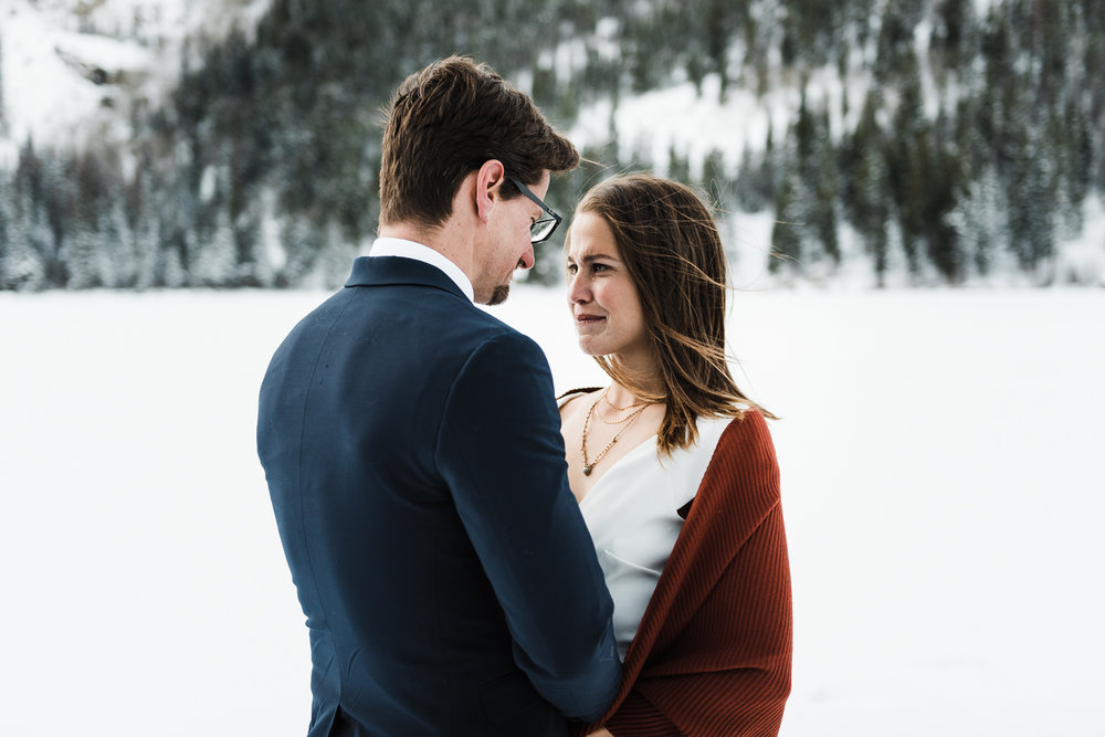 20181112-Colorado-Elopement-Rocky-Mountain-National-Park-Bear-Lake-Kristin-Brandon-011.jpg
