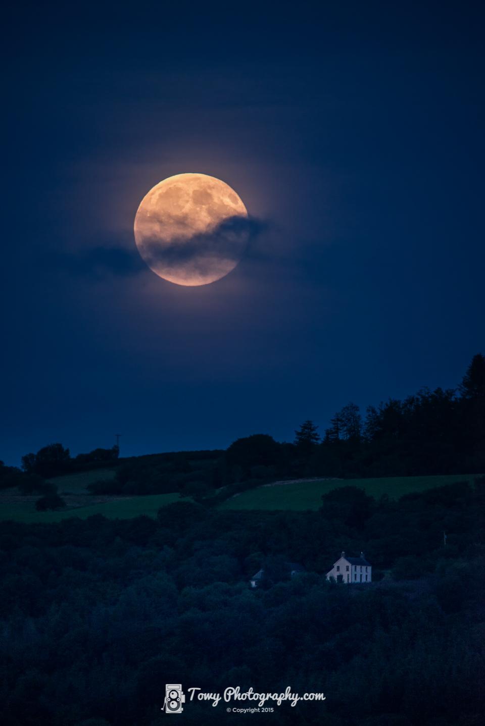 20150731_Landscape_Moon-2.jpg