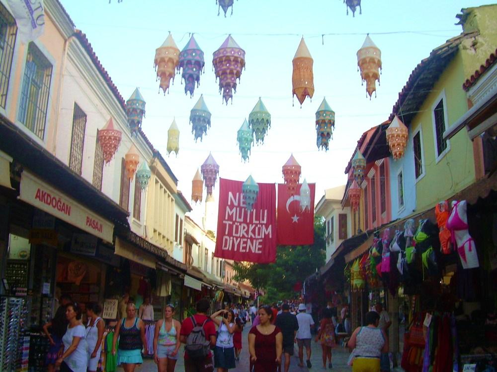 market of kusadasi