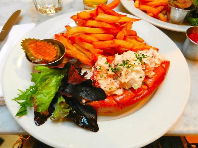 Lobster Roll | Vivian De Gann / CD4