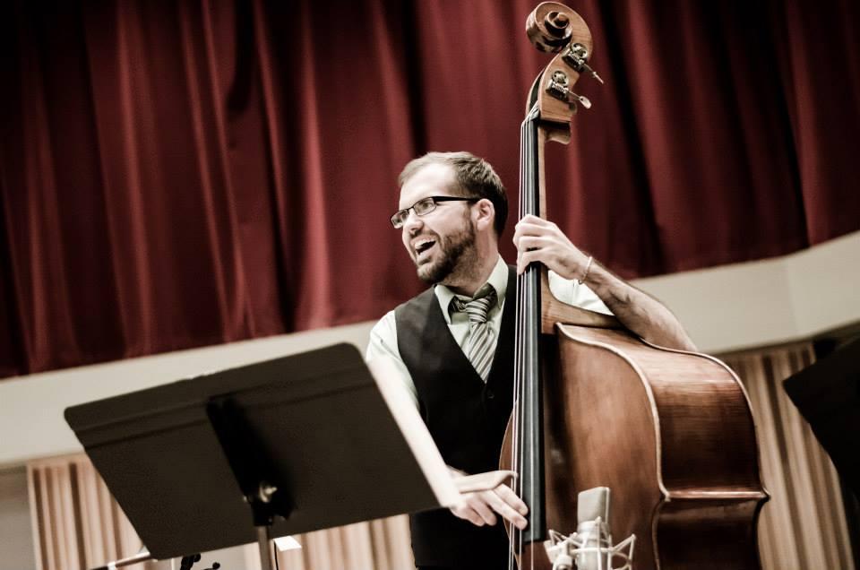 Danny Ziemann - Bass