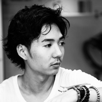 Kosuke was born in the U.S, and moved to Japan when he was 15. Growing up in a family of hairdressers, Kosuke recognized his talent at a young age and began his career in Osaka, Japan. After his time in Osaka, he moved to London to further pursue his career and attend the Vidal Sassoon Academy. Kosuke has trained and worked in all aspects of the industry including, cutting, specialty styling, coloring, and participating in editorial photo shoots. Kosuke spends time in many of the world's largest metropolises to gain inspiration and knowledge on the latest hair trends.
