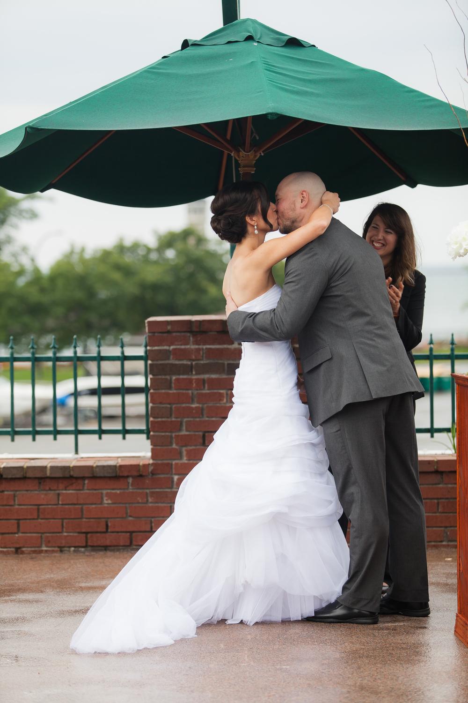 ariel_hawkins_photography_wedding_first_kiss_buffalo_ny.jpg
