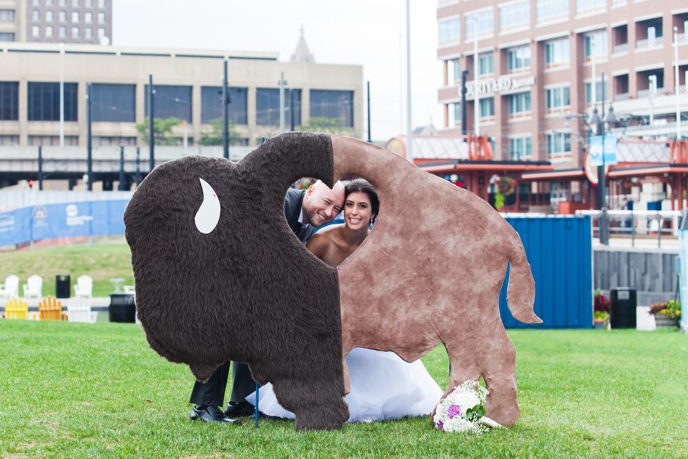 ariel_hawkins_photography_wedding_ice_rink_buffalo_ny.jpg