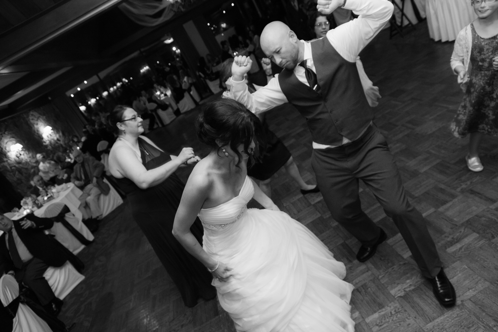 ariel_hawkins_photography_wedding_dance_buffalo_ny.jpg
