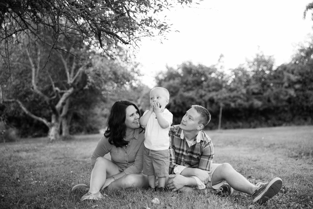 ariel_hawkins_photography_family_portrait_knox_farms.jpg