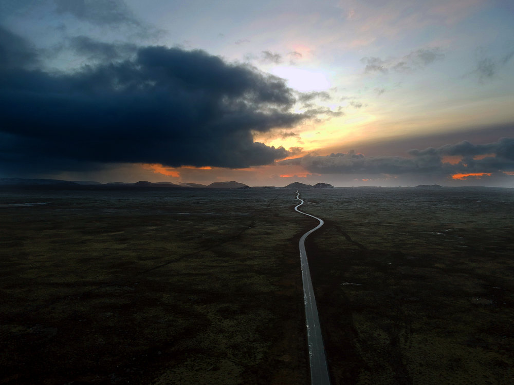 Endless Iceland Road 001.jpg