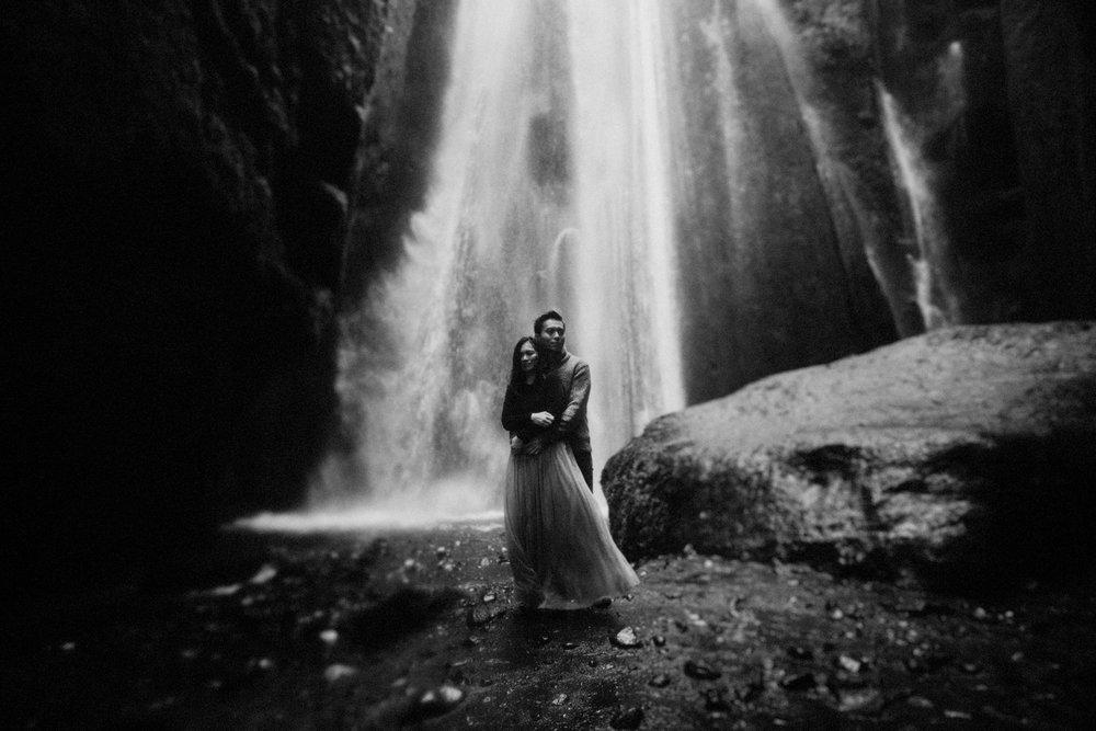 001Iceland Elopement Photography Lukas Piatek.jpg
