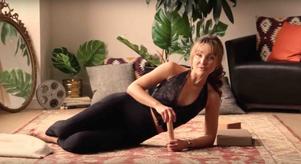 Zoe Green Yoga - the Hurts So Good deep tissue release video series presents: Simple SHOULDER