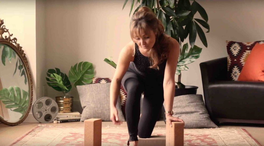 Zoe Green Yoga - the Hurts So Good deep tissue release video series presents: FAB FEET