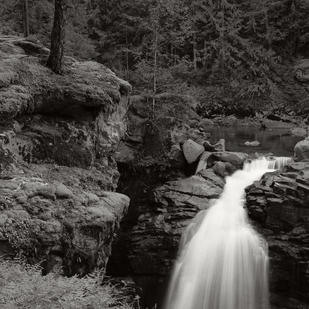 Hwy542_Waterfall_09029.jpg