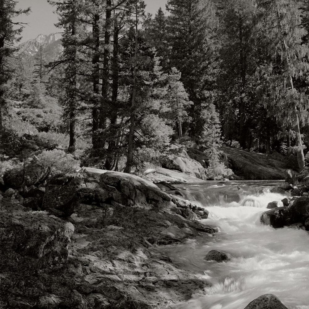 Trinity_Alps_River_001.jpg