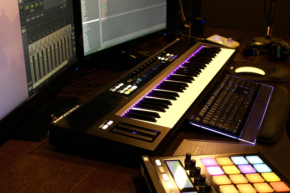 Komplete Kontrol S61 and Maschine Studio, from Native Instruments.
