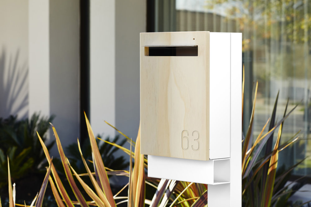 Javi - Large Post Mount Letterbox