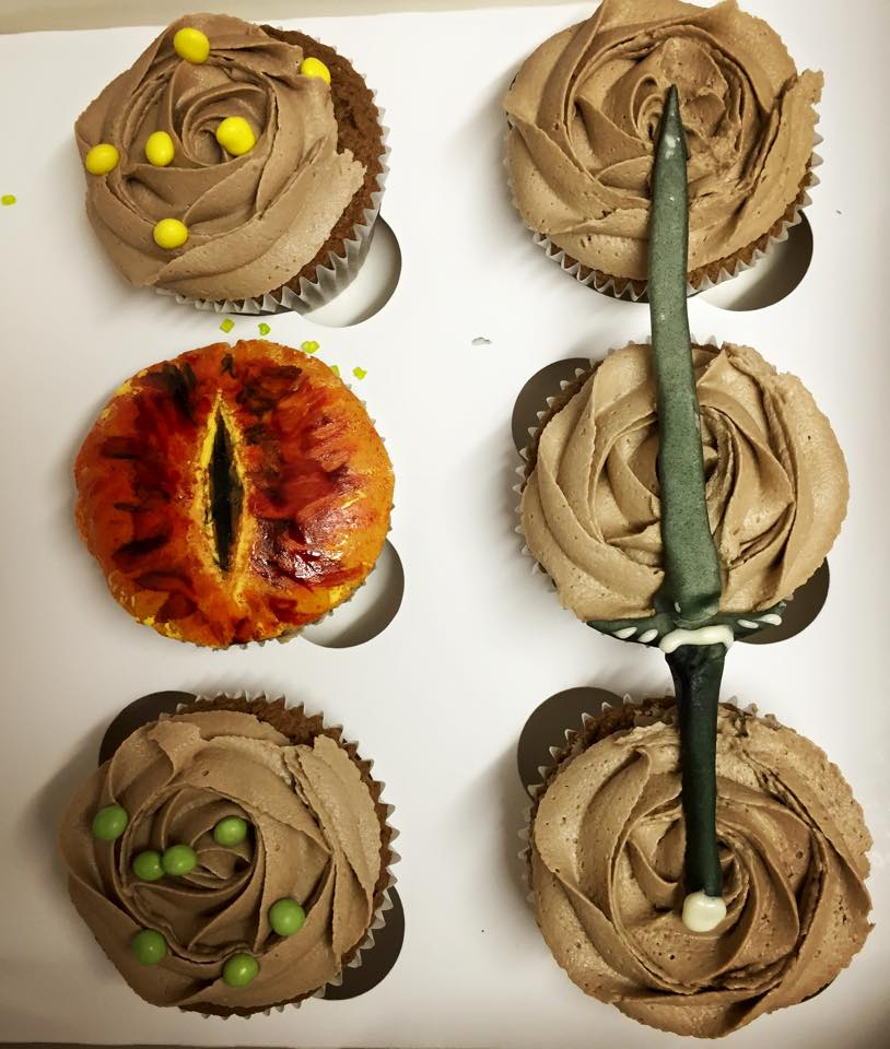 """Lord of The Rings"" Cupcakes"