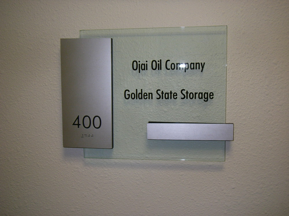 suite sign 02.JPG