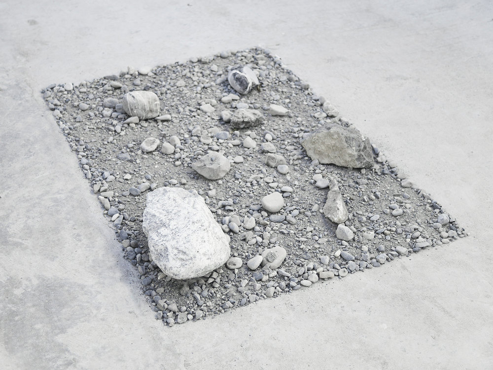 alessandro moroder  untitled  rocks, sand, dirt  variable dimensions  2016
