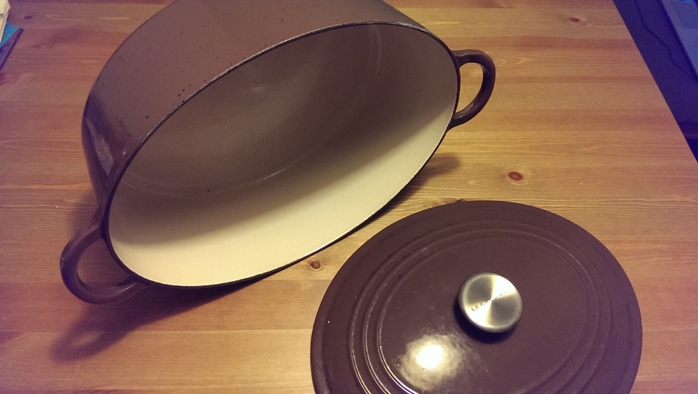 noble ms. brown le creuset