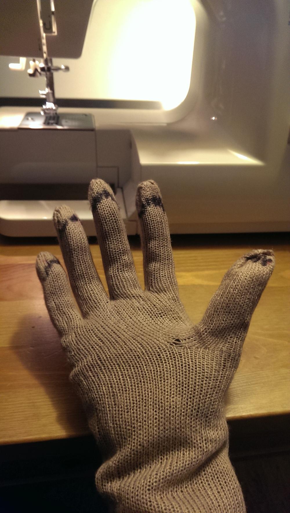 finger sew line