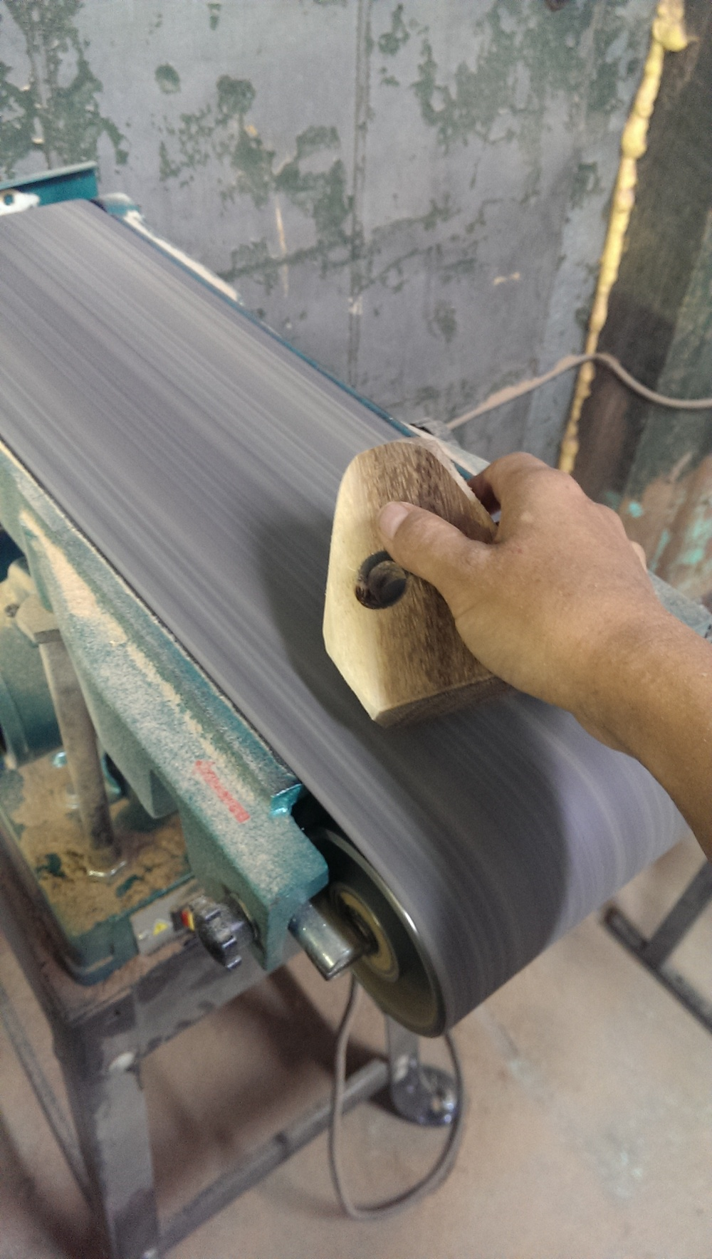belt sander process