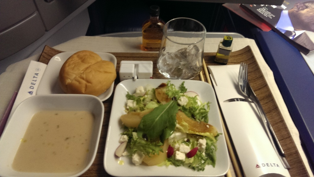 of course its airline food porn...and bourbon.