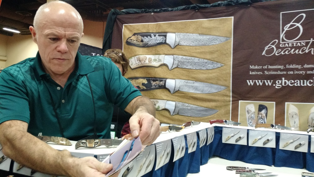 DAY 2 TRADESHOW KNIFE ARTISAN VIEW 1