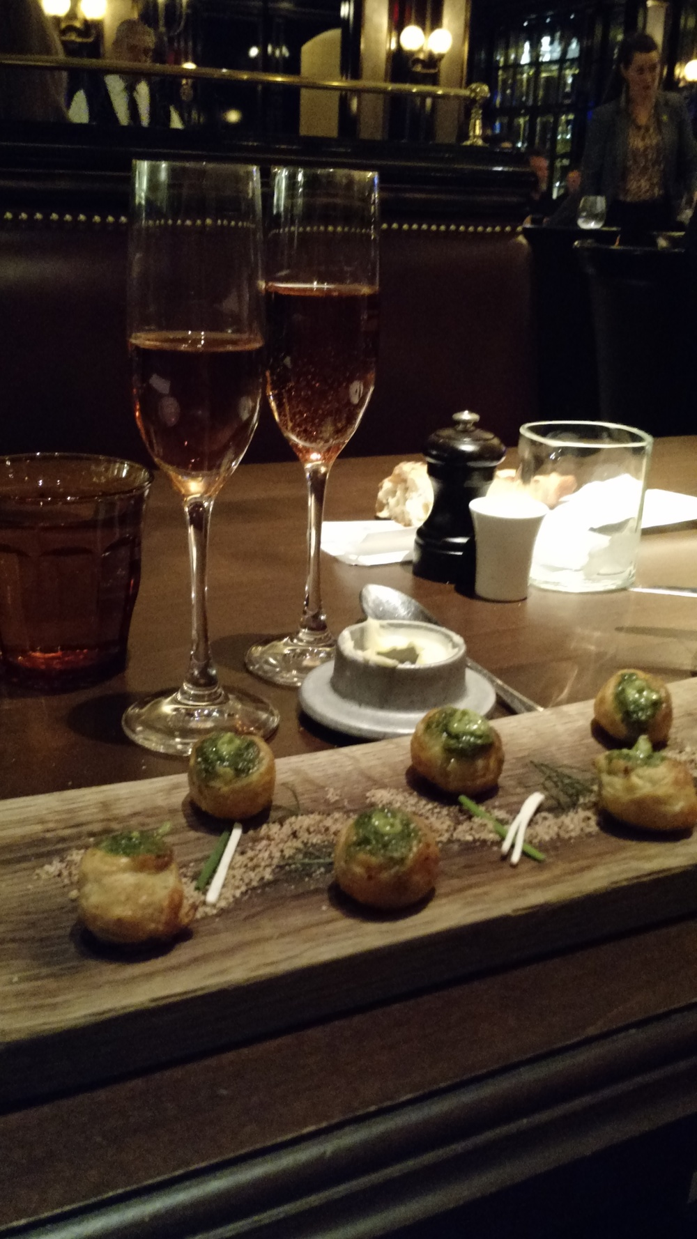 DAY 3 DINNER RESTAURANT BARDOT CHAMPAGNE ESCARGOT