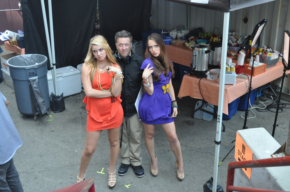 "FOX Teen Choice Awards: ""The Onion Girls"": Jeff Roe learns a thing or two from teenage girls"
