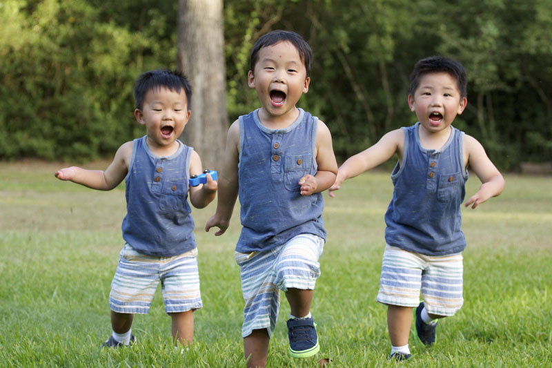 http://childrenofallnations.com/summer-hosting-adoption-scholarships/  PLEASE just look at these cute little boys from the Philippines! <3