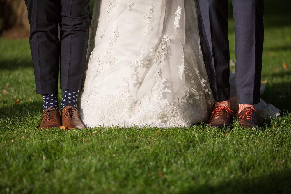 Mariée et Témoins et chaussette