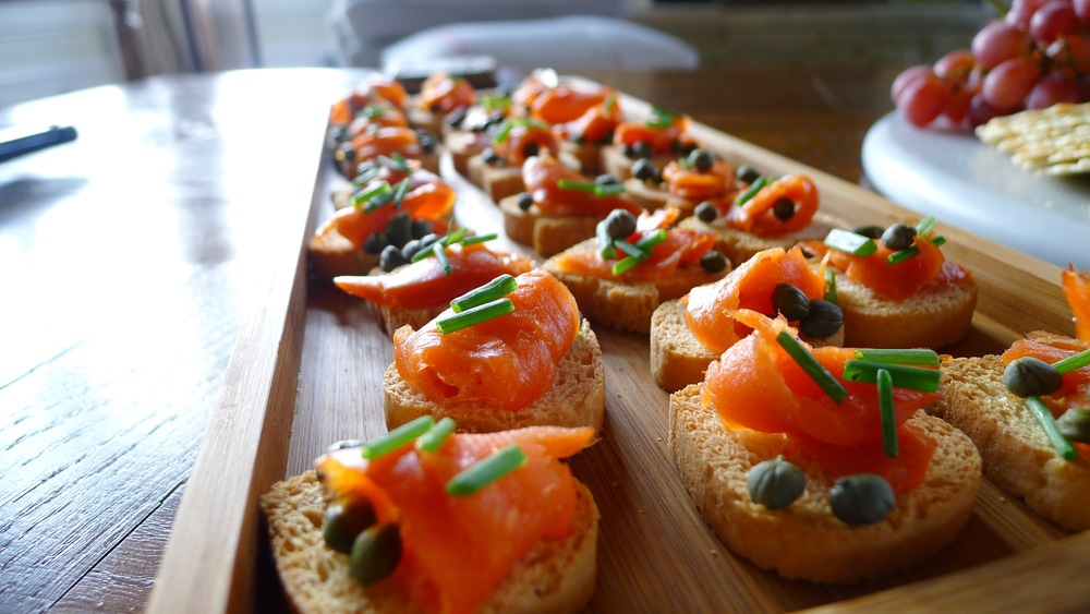 Smoked Salmon Toast Points