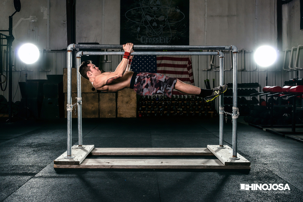 Parallel bar horizontal hold