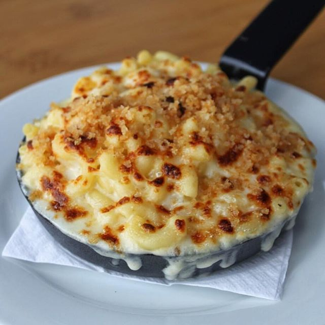 Double tap if you could go for this mac right now 😍 #satisfeed regram via @districtdelicious