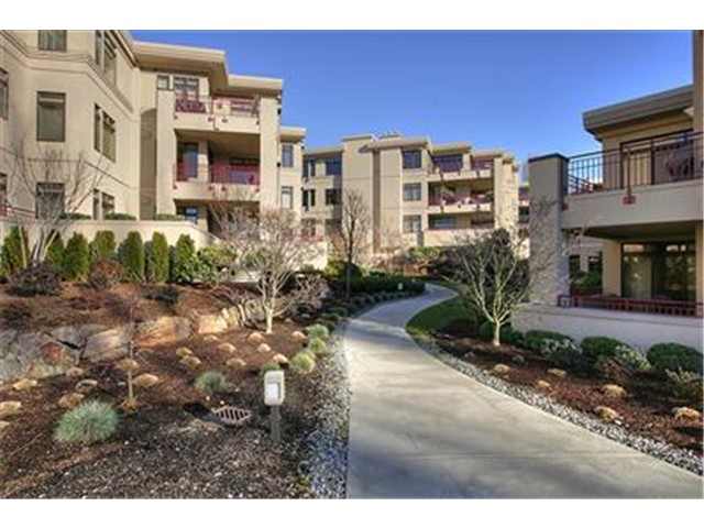 Lake Street S, Kirkland   Sold for $805,000    Represented the Seller    2 BD | 2 BA | 13 DOM