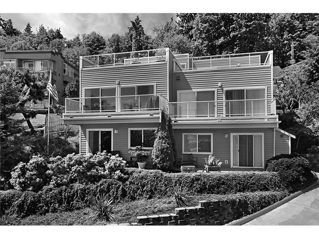 Harbor Avenue SW, Seattle   Sold for $515,000    Represented the Buyer    3 BD | 2 BA | 89 DOM