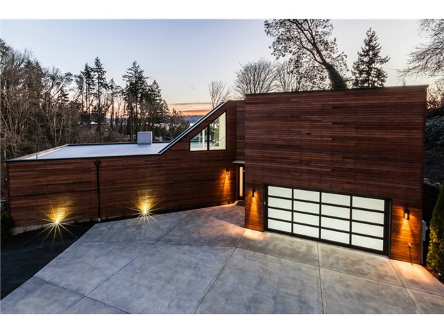 6520 NE 129th St, Kirkland                               Sold for $2,008,000   Represented the Buyer  5 BD | 2.75 BA