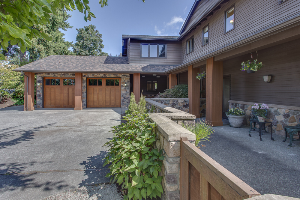 2250 82nd Avenue SE, Mercer Island                                 Sold for $1,575,000   Represented the Seller   5 BD | 4 BA